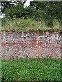 TF9733 : Interesting brickwork by Evelyn Simak