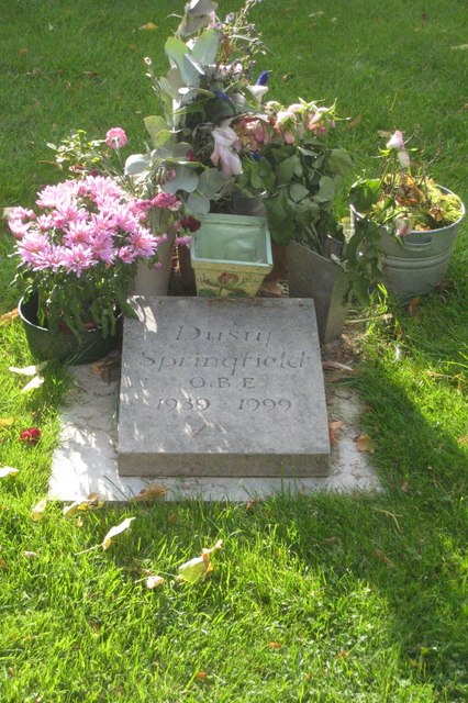 Dusty Springfield's grave by Rod Allday