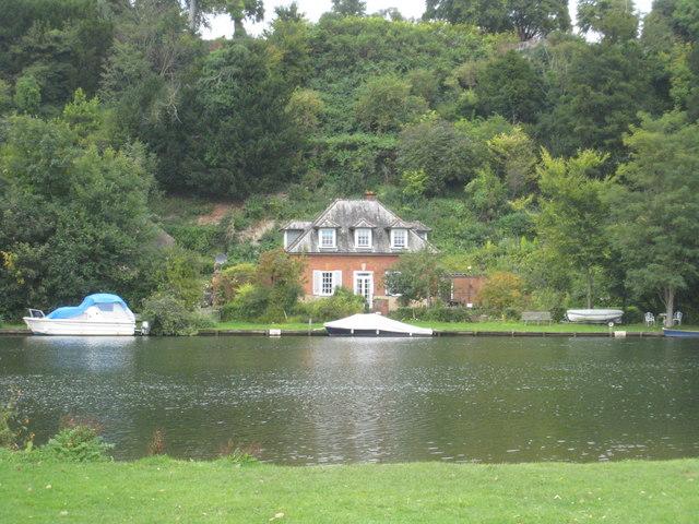 Riverside house below Danesfield