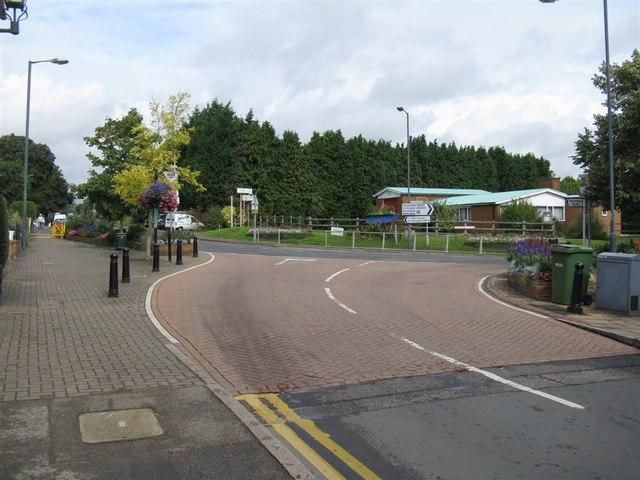 Quiet road junction in Redbourn
