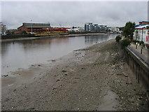TQ2575 : River Thames by Shaun Ferguson