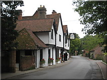 SU8283 : Ye Olde Bell inn by Rod Allday