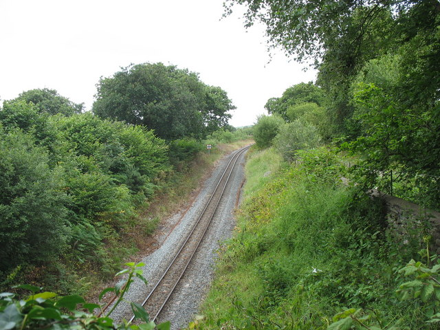The Welsh Highland Railway in the cutting above Cae Hen bridge