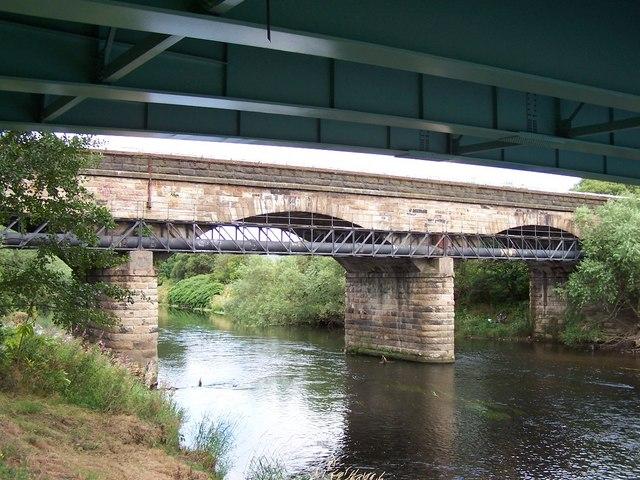 Railway Viaduct near  Carmyle