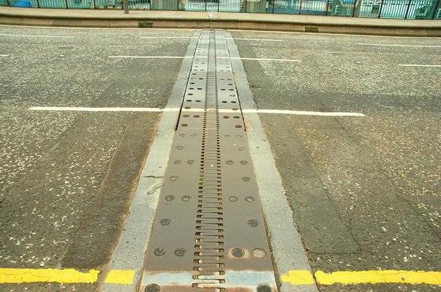 Expansion joint, Belfast