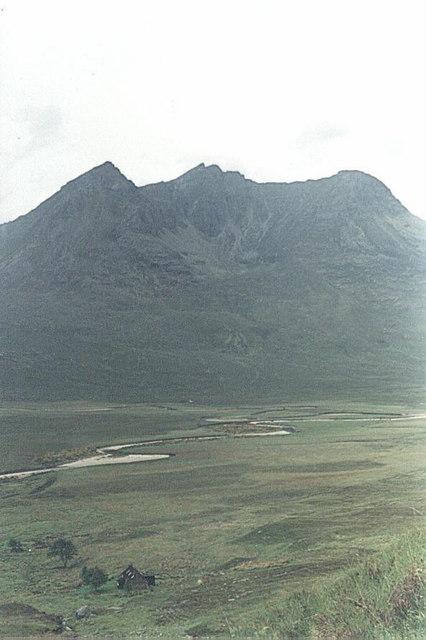 Beinn Dearg Mor-910m- classification Corbett