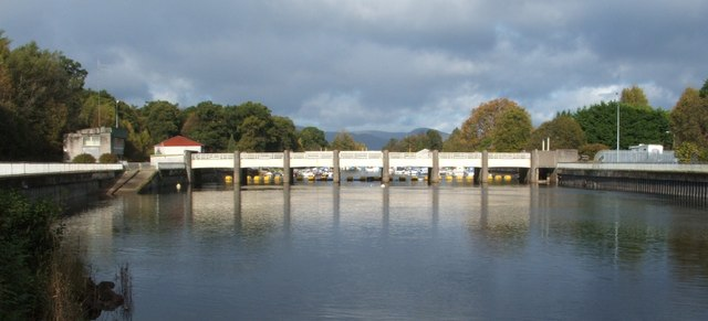 The barrage at Balloch