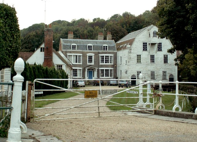 A view of The Old Mill House from Farningham High Street