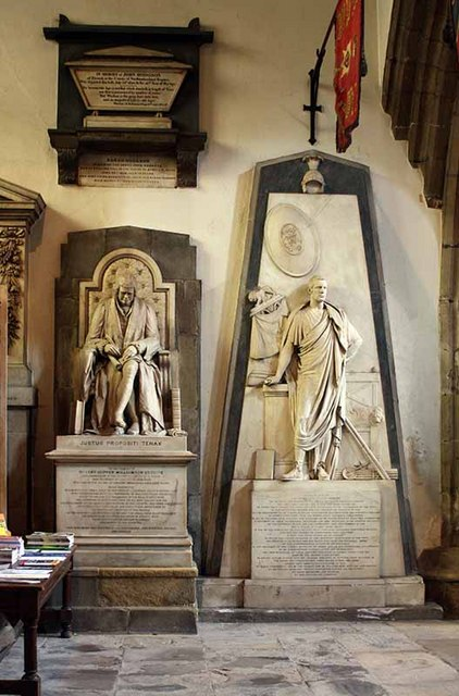 St Nicholas Cathedral, Newcastle - Monuments