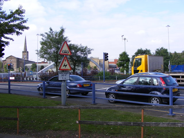 Middle Cross Junction