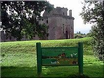 NY0265 : Caerlaverock Castle. by Lynne Kirton