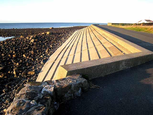 Sea wall near Ballagan Point
