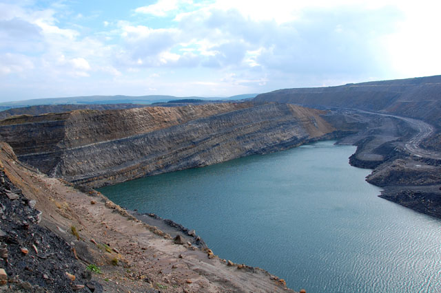 Broken Cross Muir opencast coal mine