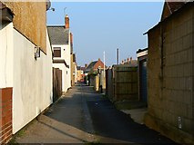 SU1585 : Alleyway north of Beatrice Street, Swindon by Brian Robert Marshall