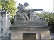 SU6400 : Statue within Portsmouth War Memorial by Basher Eyre