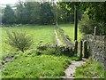 SE0820 : Elland footpath 36, Greetland by Humphrey Bolton